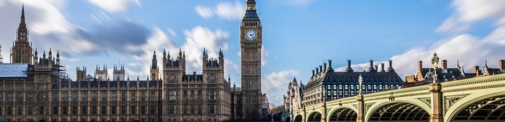 Im Palace of Westminster, zu dem auch der berühmte Uhrenturm mit der Glocke Big Ben gehört, wurde über den Brexit abgestimmt (c) Pixabay