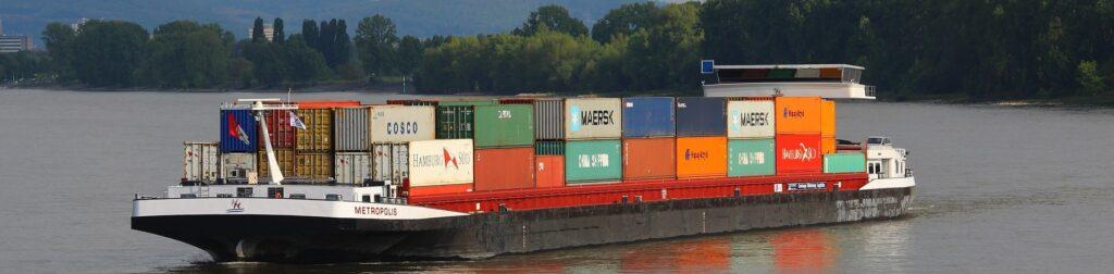Ein normaler Schiffsgüterverkehr war im Sommer 2018 nicht möglich (c) Pixabay